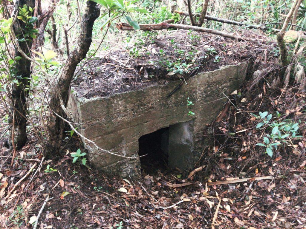 父島要塞大村砲台跡にあるトーチカ跡